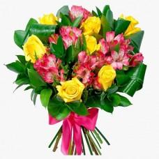 Букет из жёлтых роз и альстромерией
